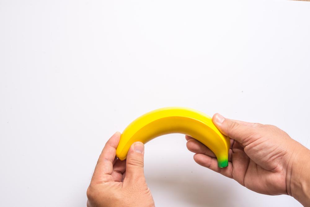 női orvos megvizsgálja a péniszt mi van, ha a pénisz meghúzódik