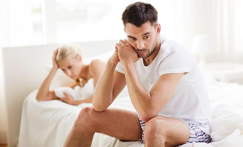 az erekció eltűnik az okból ha a pénisz kemény
