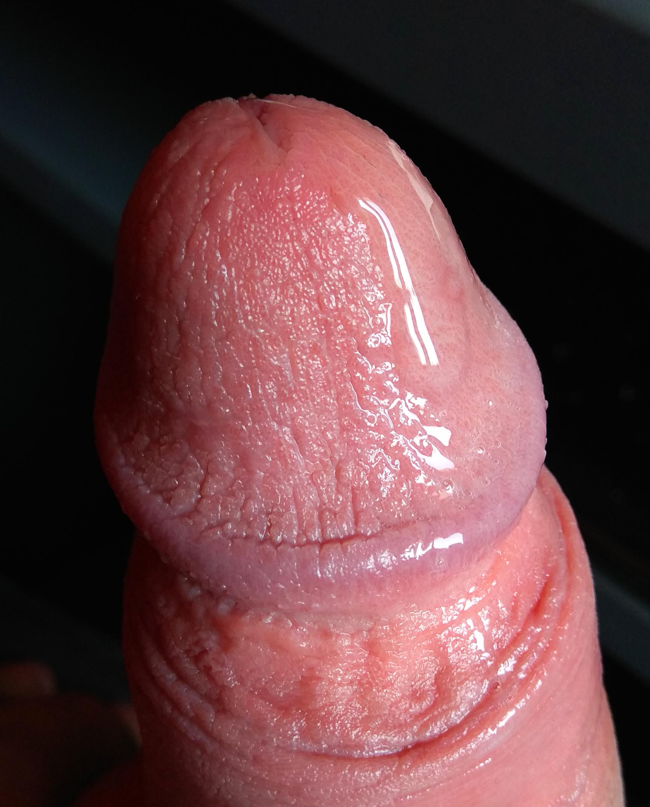 erekció közben nyomja össze a péniszt
