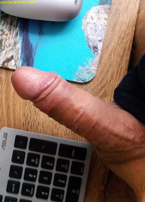 vastag pénisz szopása