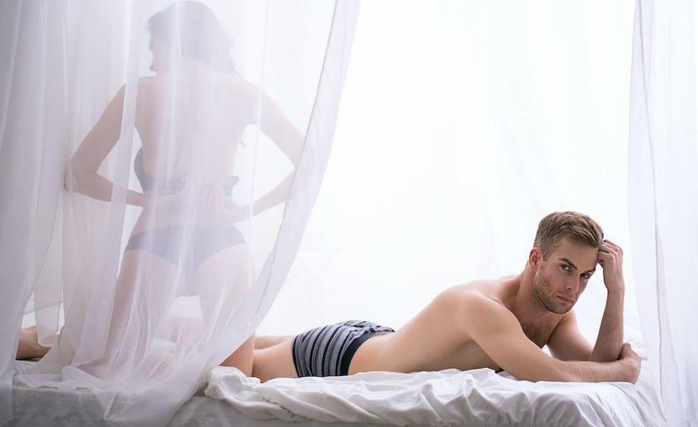 A férjemnek merevedési zavara volt, mégis csodás a szexuális életünk. Ez az oka