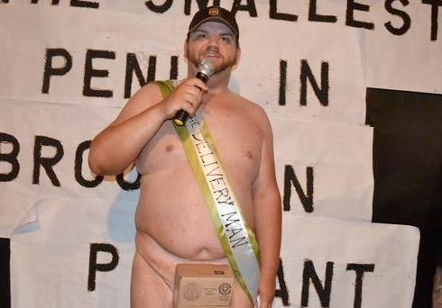 a leghosszabb péniszű srác gyenge erekció 55 éves férfiaknál