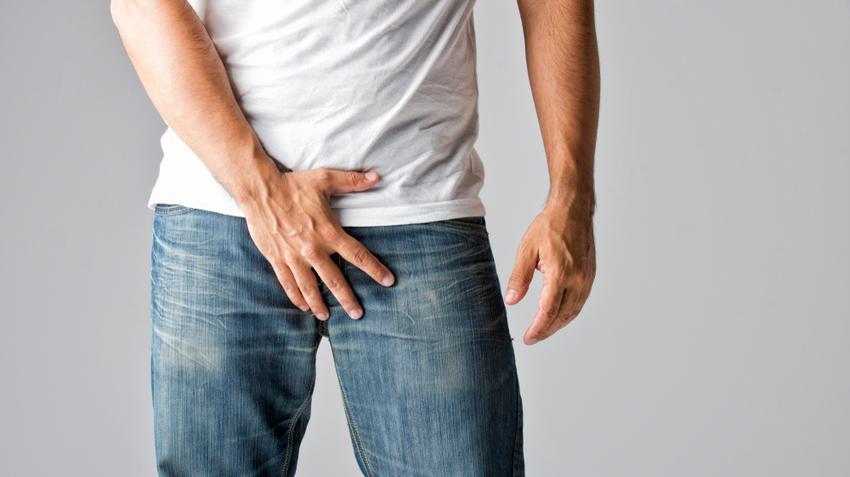 ami jobb a férfiak erekciójához mutassa a középső péniszt