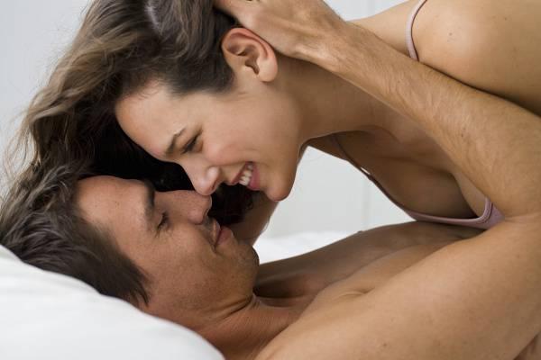 Nem vágyom a szexre! Elveszett a libidó? Elmúlt a szerelem? – A női szexuális válasz-ciklusról