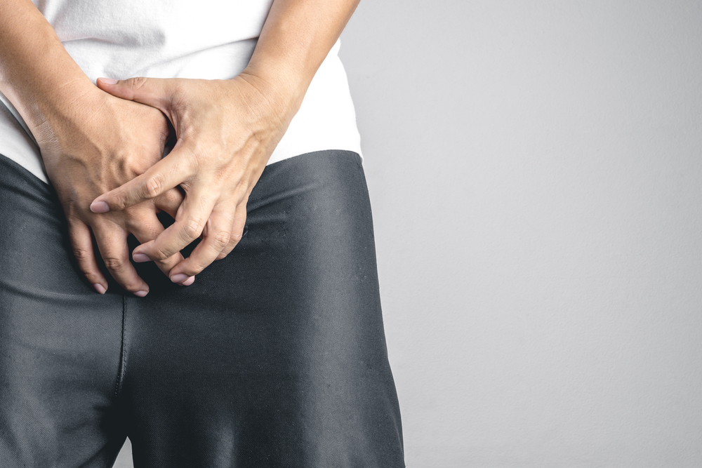 pénisz nyugodt fájdalom a herezacskóban az erekció során